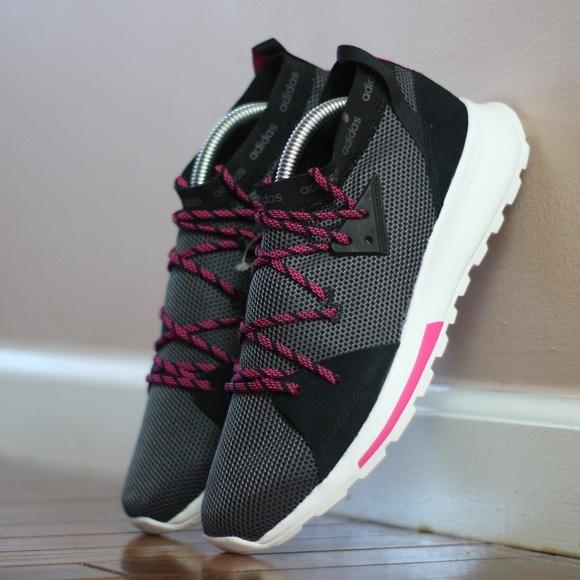 7d7afc78c9a49 Adidas Women US-9 Running Shoe B96520
